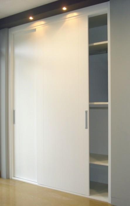 we make home, armario empotrado lacado blanco