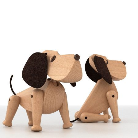Perro de madera Oscar