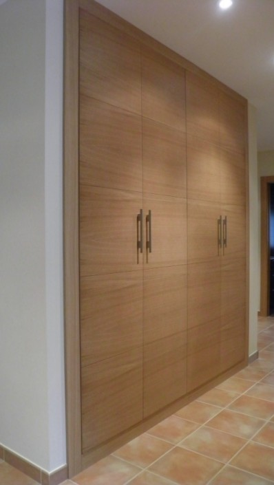 armario empotrado en madera de roble, a medida,