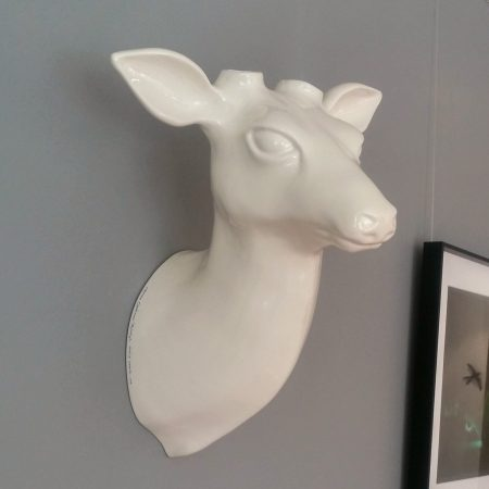 Trofeo ciervo de cerámica