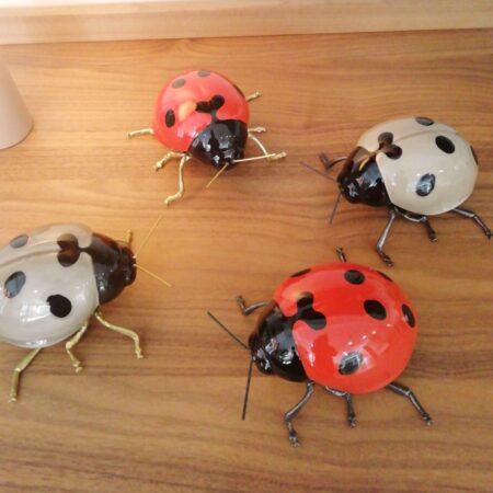 Mariquita de cerámica - insectos de ceramica