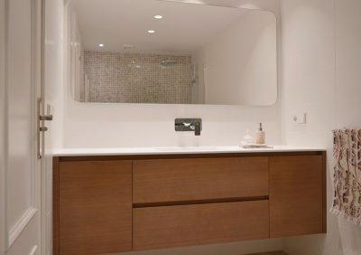Diseño de mobiliario a medida para baños